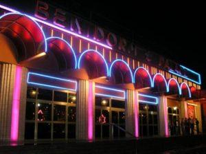 Hurrah for Cabaret in Benidorm 300x224 Sampling Benidorms nightlife
