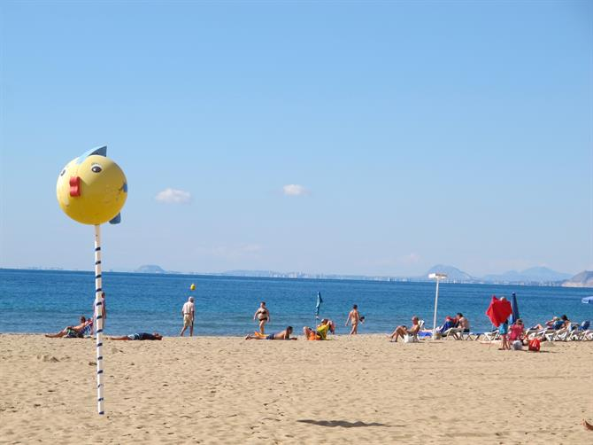 Keep fit on Benidorm's beaches Walking in Benidorm