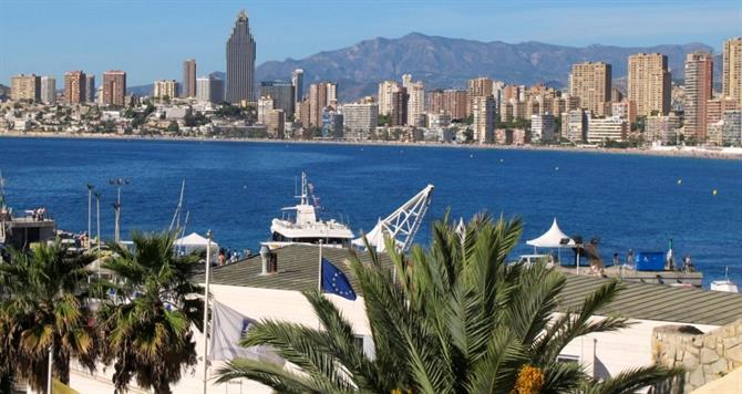 Stepping out from Poniente beach Walking in Benidorm
