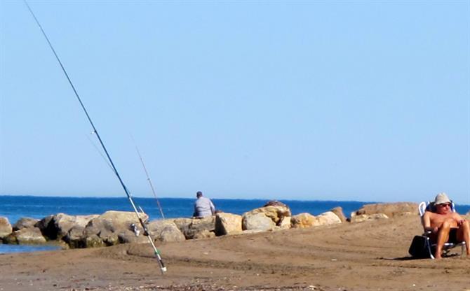 Bovetes Guide to Denias golden, sandy beaches