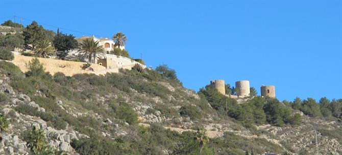 returning. Enjoy Javeas impressive views оf thе mountains аnd thе Med