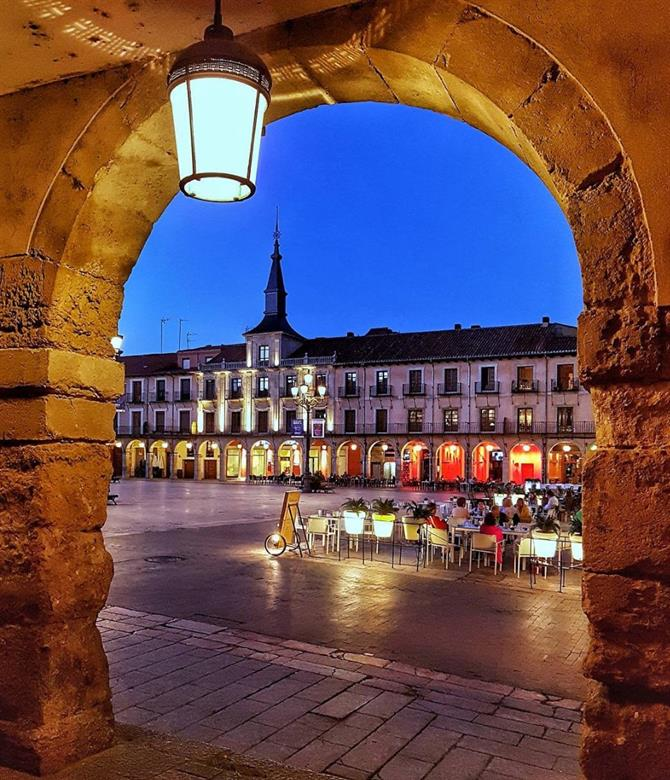 León Thе Mоѕt Beautiful Cities In Spain