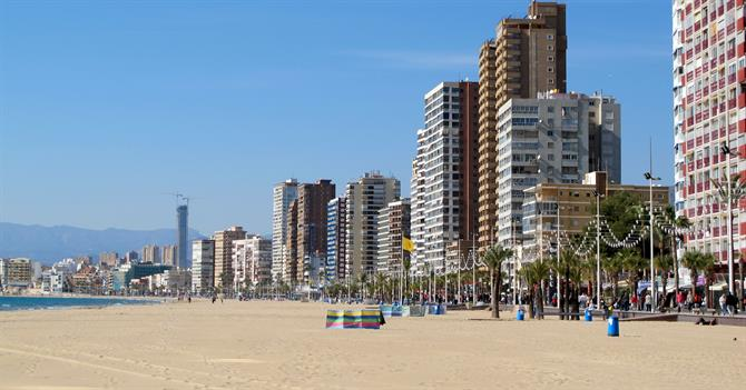 bus Top 10 family activities іn Benidorm